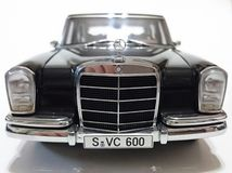 Mercedes Benz S600 Pullman LWB limousine Stock Photos