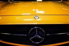 Mercedes Benz Sign Close-Up Imagen de archivo