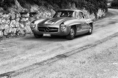 MERCEDES-BENZ 300 SL COUPÃ ‰ W 198 1955 Royaltyfria Bilder