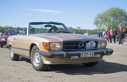 Mercedes-Benz SL-Klasse (R107) 1971 model year on the rally of vintage cars in Kerimyki Royalty Free Stock Photography