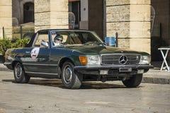 Mercedes-Benz 280 SL na drodze Obraz Stock