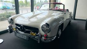 Mercedes Benz 190SL white cabiolet retro car Stock Photos