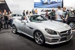 Mercedes benz-SLK 200 på skärm Fotografering för Bildbyråer