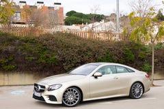 Mercedes-Benz-van de e-Klasse de Aandrijvingsdag Coupé 2017 Test Stock Fotografie
