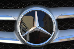 Mercedes bil fotografering för bildbyråer
