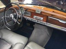 Mercedes 190 de klassieke auto van SL stock afbeelding