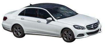 Mercedes-Klasse weiß auf einem transparenten Hintergrund lizenzfreies stockfoto