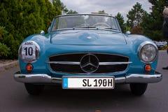 Mercedes 190 SL - gammal tidmätare Royaltyfri Fotografi