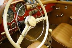 Mercedes 190 SL - gammal tidmätare Fotografering för Bildbyråer