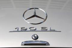 Mercedes 190 SL - gammal tidmätare Royaltyfri Bild
