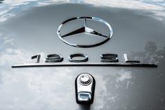 Mercedes 190 SL stjärna Arkivfoto