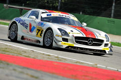 Mercedes SLS AMG GT3 i Monza racespår Royaltyfri Fotografi