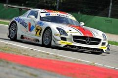 Mercedes SLS AMG GT3 na trilha de raça de Monza fotografia de stock royalty free