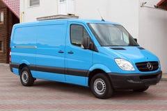 Mercedes Sprinter 313 blått för CDI 2009 fotografering för bildbyråer