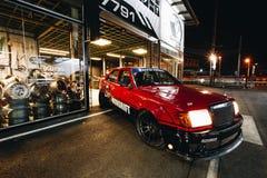 Mercedez benz w124 tylko jeden zwyczaj w Thailand obraz royalty free