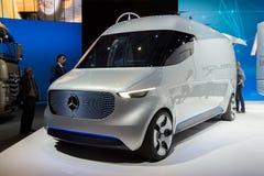 Mercedez Benz wzroku Van Pojęcie ładunek Zdjęcie Stock
