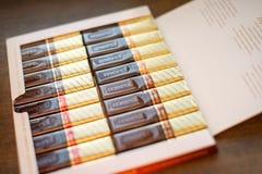 Merci choklad - märke av chokladgodisen som tillverkas av det tyska företaget August Storck som säljs i mer än 70 länder royaltyfri foto