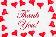 Merci message avec les coeurs rouges images libres de droits