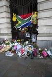 Merci Nelson Mandela à la place trafalgar Photos stock
