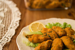 Mercimek Koftesi/τουρκικά τρόφιμα με Bulgur και τη φακή Στοκ Εικόνα