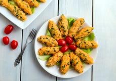 Mercimek Koftesi, alimento turco con bulgur e la lenticchia Fotografia Stock