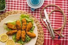 Mercimek Koftesi/comida turca con Bulgur y la lenteja Fotografía de archivo libre de regalías