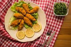 Mercimek Koftesi/comida turca con Bulgur y la lenteja Imagenes de archivo