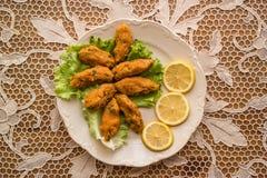 Mercimek Koftesi/türkisches Lebensmittel mit Bulgur und Linse lizenzfreie stockfotografie
