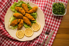 Mercimek Koftesi/türkisches Lebensmittel mit Bulgur und Linse stockbilder