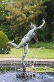 Mercury statua dominuje fontannę przy Syon parkiem w Hounslow obrazy stock