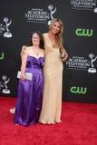 Meredith Hagner & hennes systerdag Emmy Awards 2009 Arkivbilder
