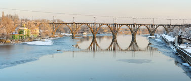 Merefa赫尔松桥梁 第聂伯罗彼得罗夫斯克 库存照片