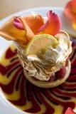 Merengue Pavlova de Yuzu Fotografía de archivo libre de regalías