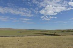 Mergel rzeka w Hulun Buir obszarze trawiastym Fotografia Royalty Free