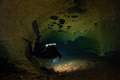 Mergulhador da caverna de CCR Foto de Stock Royalty Free