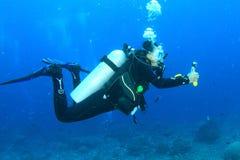 Mergulhador - menina subaquática Imagem de Stock Royalty Free