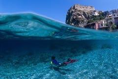 Mergulhador pequeno Imagens de Stock Royalty Free