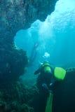 Mergulhadores da caverna Fotografia de Stock