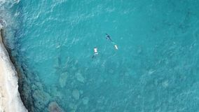Mergulhadores de mergulhador em Córsega imagem de stock