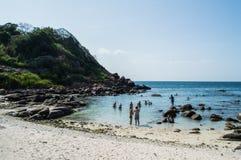Mergulhar na ilha do pombo imagem de stock