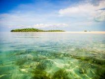 Mergulho abaixo no mar Foto de Stock