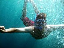 Mergulho com muitas bolhas Foto de Stock Royalty Free