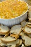 Mergulho de queijo e Baguettes Foto de Stock Royalty Free