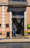 MERIDA-YUCATAN-MEXICO-APRIL-2019 : Vue d'un magasin typique dans la ville où ils vendent les articles faits main tels que des ham photo libre de droits