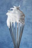 Meringue em um Whisk Fotografia de Stock