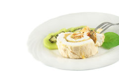 Meringue roll with mint and kiwi Royalty Free Stock Photos