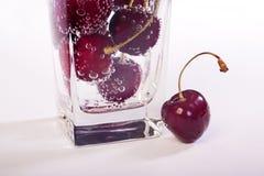 Merise en glace avec de l'eau Photographie stock