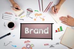 Merk, Marketing Creatief Concept De vergadering bij witte offi royalty-vrije stock foto