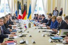Merkel, Putin, Poroshenko i Lavrov podczas spotkania w Paryż, Zdjęcia Royalty Free