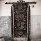 Merkwürdige Tür stockfotos